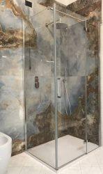Bagno-completo-con-rivestimento-di-design-5