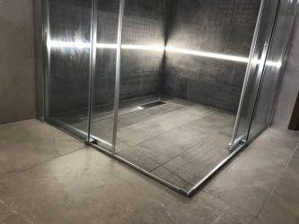 doccia-moderna-a-pavimento-con-luce-led-12