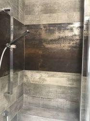 doccia-moderna-a-pavimento-con-luce-led-28